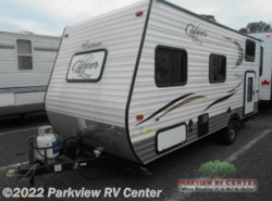 Used 2015  Coachmen Clipper 17BH