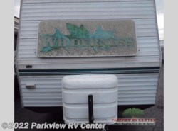 Used 2001  Fleetwood Wilderness 26T by Fleetwood from Parkview RV Center in Smyrna, DE