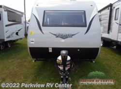 New 2018  Lance  Lance Travel Trailers 1475 by Lance from Parkview RV Center in Smyrna, DE