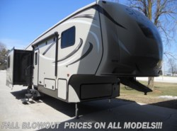 Used 2016  CrossRoads Sunset Trail Reserve SF29RL by CrossRoads from Paul's Trailer & RV Center in Greenleaf, WI