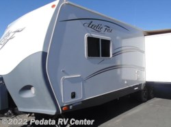 Used 2014  Northwood Arctic Fox Classic 25Y w/1sld by Northwood from Pedata RV Center in Tucson, AZ