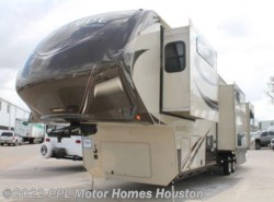Used 2015  Grand Design Solitude 366DEN by Grand Design from PPL Motor Homes in Houston, TX