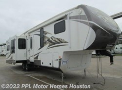 Used 2013  Keystone Montana Mountaineer 362RLQ