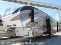 Used 2016 Keystone Cougar 336 BHS available in Houston, Texas