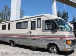 Used 1991  Fleetwood Pace Arrow 32H by Fleetwood from PPL Motor Homes in Houston, TX