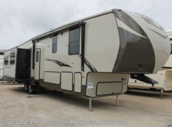 Used 2017  CrossRoads Rezerve 38MD by CrossRoads from PPL Motor Homes in Houston, TX