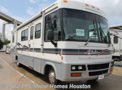 Used 1999  Winnebago Adventurer 32T by Winnebago from PPL Motor Homes in Houston, TX