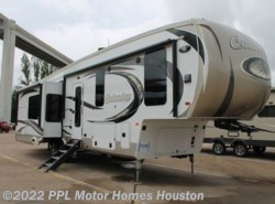 Used 2017  Palomino Columbus 366RL by Palomino from PPL Motor Homes in Houston, TX