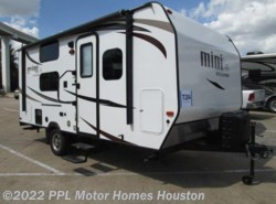 Used 2017  Forest River Rockwood Mini Lite 1905 by Forest River from PPL Motor Homes in Houston, TX