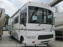 Used 2005  Winnebago Sightseer 29R by Winnebago from PPL Motor Homes in Houston, TX