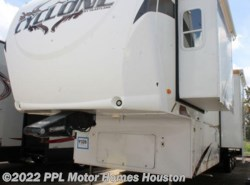Used 2009  Heartland RV Cyclone 3950 by Heartland RV from PPL Motor Homes in Houston, TX