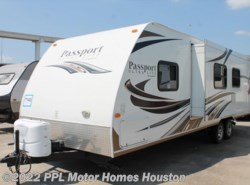 Used 2013  Keystone Passport Ultra Lite 280BH by Keystone from PPL Motor Homes in Houston, TX