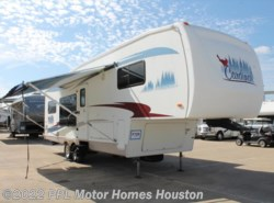 Used 2005 Forest River Cardinal 29LE available in Houston, Texas