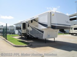 Used 2006 Carriage  CW374 available in Houston, Texas