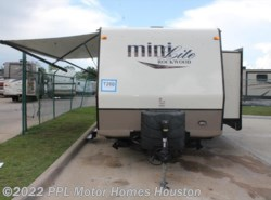 Used 2016  Forest River Rockwood Mini Lite 2504S by Forest River from PPL Motor Homes in Houston, TX