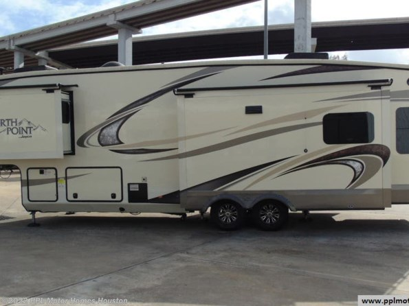 2018 Jayco North Point 315RLTS available in Houston, TX