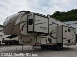 New 2017  Forest River  8292BS ROCKWOOD SIGNATURE ULTRA LITE by Forest River from Quality RV, Inc. in Linn Creek, MO