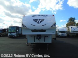 New 2017  Keystone Hideout 308BHDS by Keystone from Reines RV Center, Inc. in Manassas, VA