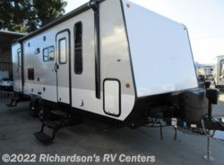 Used 2017  Jayco Jay Feather 23BHM by Jayco from Richardson's RV Centers in Riverside, CA
