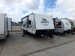 Used 2017  Jayco  JAYFEATHER 23RL by Jayco from McClain's RV Rockwall in Rockwall, TX