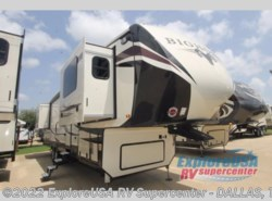 New 2018  Heartland RV Bighorn 3750FL by Heartland RV from ExploreUSA RV Supercenter - MESQUITE, TX in Mesquite, TX