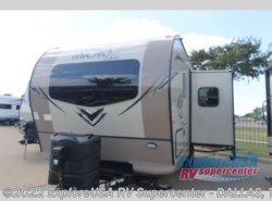 New 2018  Forest River Flagstaff Micro Lite 21DS by Forest River from ExploreUSA RV Supercenter - MESQUITE, TX in Mesquite, TX