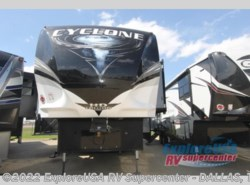 New 2019 Heartland  Cyclone 4270 available in Mesquite, Texas