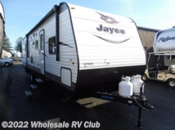 New 2017  Jayco Jay Flight 32BDSW by Jayco from Wholesale RV Club in Ohio