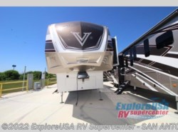 New 2017  Dutchmen Voltage V3990 by Dutchmen from ExploreUSA RV Supercenter - SAN ANTONIO, TX in San Antonio, TX
