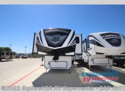 New 2017  Grand Design Momentum 376TH by Grand Design from ExploreUSA RV Supercenter - SAN ANTONIO, TX in San Antonio, TX