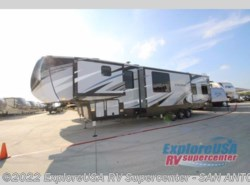 New 2018  Heartland RV Cyclone 4005 by Heartland RV from ExploreUSA RV Supercenter - SAN ANTONIO, TX in San Antonio, TX