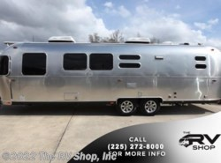 New 2017  Airstream Flying Cloud 30 Bunk by Airstream from The RV Shop, Inc in Baton Rouge, LA