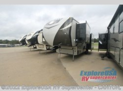 New 2017  CrossRoads Rezerve RFZ32IK by CrossRoads from ExploreUSA RV Supercenter - CANTON, TX in Wills Point, TX