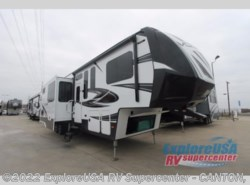 New 2017  Dutchmen Voltage V4105 by Dutchmen from ExploreUSA RV Supercenter - CANTON, TX in Wills Point, TX