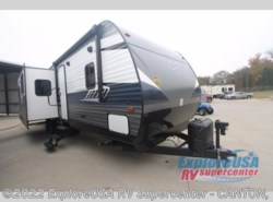 New 2018  CrossRoads Zinger ZR333DB by CrossRoads from ExploreUSA RV Supercenter - CANTON, TX in Wills Point, TX