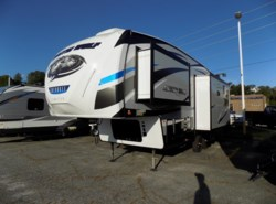 New 2018  Forest River Cherokee Arctic Wolf 285drl4 by Forest River from Ashley's Boat & RV in Opelika, AL