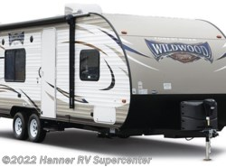 New 2017  Forest River Wildwood X-Lite 282QBXL by Forest River from Hanner RV Supercenter in Baird, TX