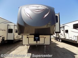 New 2018  Forest River Wildwood Heritage Glen 368RLBHK by Forest River from Hanner RV Supercenter in Baird, TX