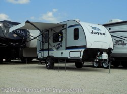 New 2017  Jayco Hummingbird 17RB by Jayco from Hanner RV Supercenter in Baird, TX