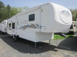 Used 2006  Heartland RV Bighorn 3400RL by Heartland RV from Orchard Trailers, Inc. in Whately, MA