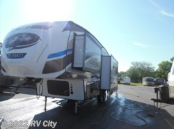 New 2018  Forest River Cherokee Arctic Wolf 285DRL by Forest River from RV City in Benton, AR