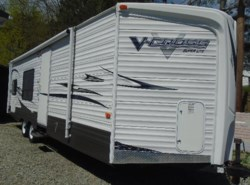 Used 2011  Forest River V-Cross 26V BH by Forest River from Schreck RV Center in Apollo, PA