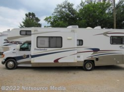 Used 2005  Coachmen Freelander  Deluxe 3100 by Coachmen from Karolina Koaches Inc in Piedmont, SC