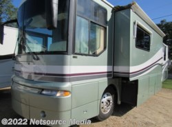 Used 2001  Winnebago Ultimate Freedom  by Winnebago from Karolina Koaches Inc in Piedmont, SC