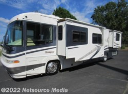 Used 2002  Damon Escaper 3977 by Damon from Karolina Koaches Inc in Piedmont, SC