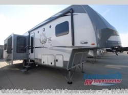 New 2017  Highland Ridge  Open Range Light LF319RLS by Highland Ridge from ExploreUSA RV Supercenter - FT. WORTH, TX in Ft. Worth, TX