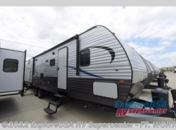New 2018  CrossRoads Zinger Z1 Series ZR328SB by CrossRoads from ExploreUSA RV Supercenter - FT. WORTH, TX in Ft. Worth, TX