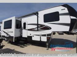 New 2017  Dutchmen Voltage V3805 by Dutchmen from ExploreUSA RV Supercenter - FT. WORTH, TX in Ft. Worth, TX