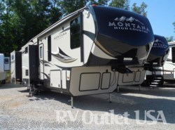 New 2017  Keystone Montana High Country 358BH by Keystone from RV Outlet USA in Ringgold, VA