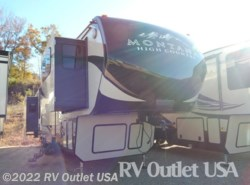 New 2017  Keystone Montana 375FL High Country by Keystone from RV Outlet USA in Ringgold, VA